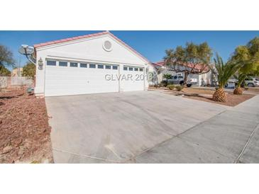 Photo one of 2120 Meadow Green Ave North Las Vegas NV 89031 | MLS 1965618