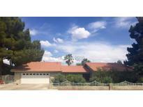 View 3007 La Mesa Dr Henderson NV