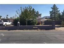 View 1950 Gateway Rd Las Vegas NV